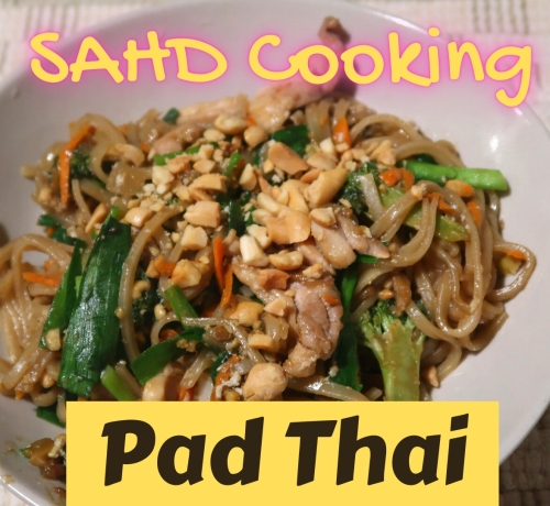 SAHD Cooking Pad Thai 500